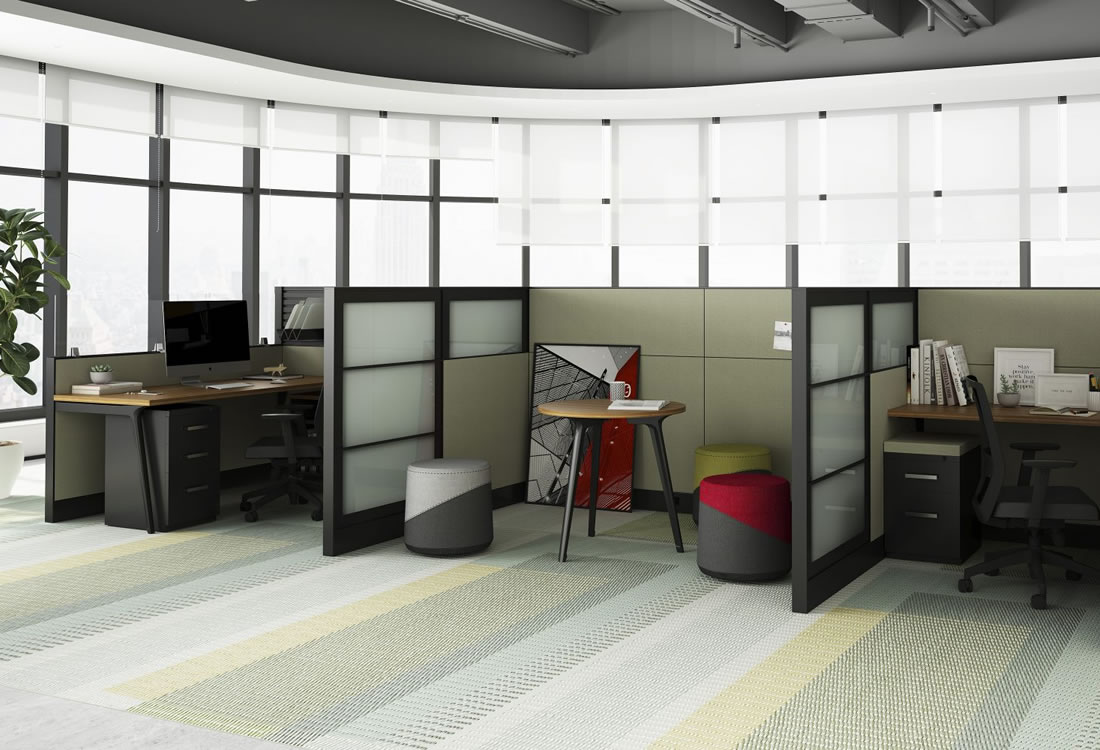 Interra cubicles with glass panels