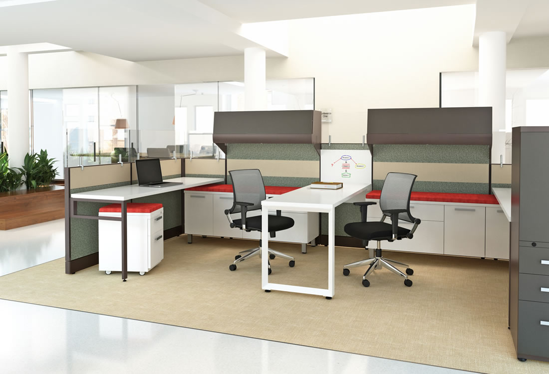Novo cubicles side by side with whiteboard